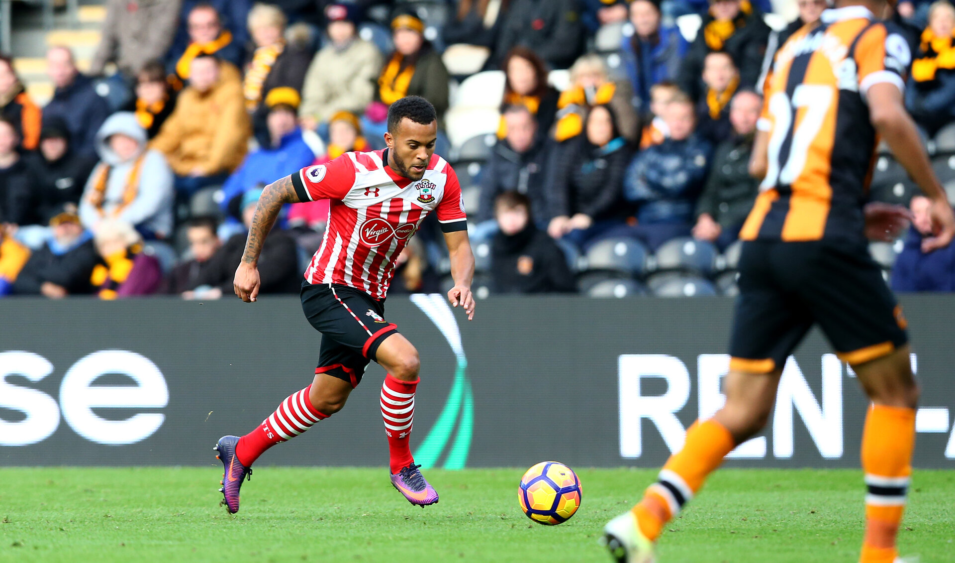 Ryan Bertrand during the Premier League match between Hull City and Southampton at the KC Stadium, Kingston upon Hull, England on 20 November 2016. Photo by Matt  Watson/SFC/Digital South.