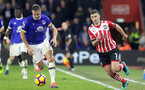 Shane Long (Southampton) and Phil Jagielka (Everton) battle for the ball during the Premier League match between Southampton and Everton at St. Mary's Stadium on 27 November 2016. Photo by Michael Jones/Digital South