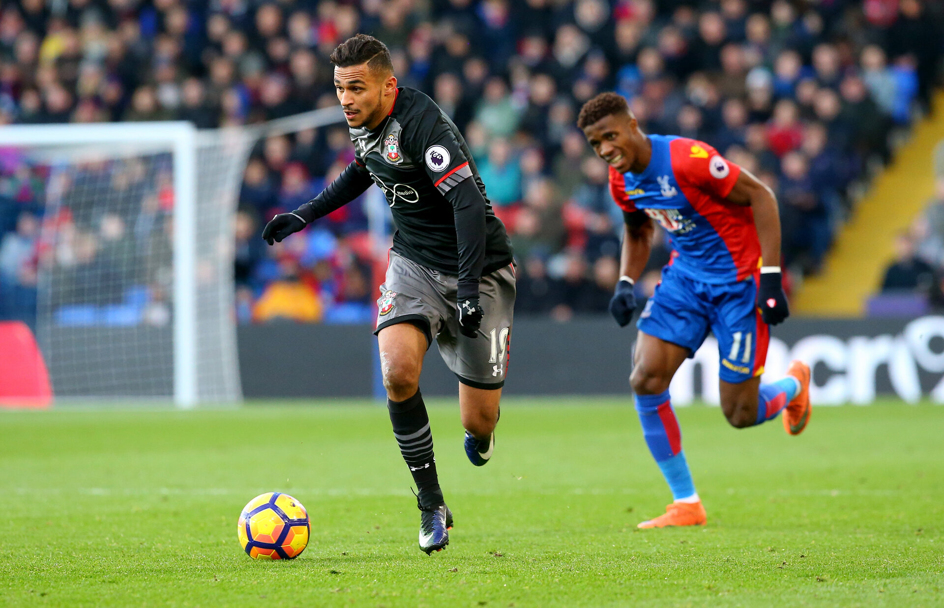 Sofiane Boufal during the Premier League match between Crystal Palace and Southampton at Selhurst Park, London, England on 3 December 2016. Photo by Matt Watson/SFC/Digital South.