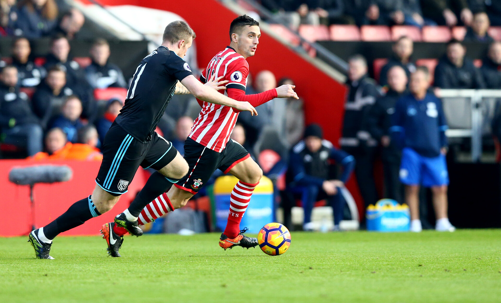 Dusan Tadic during the Premier League match between Southampton and West Bromwich Albion at St Mary's Stadium, Southampton, England on 31 December 2016. Photo by Matt Watson/SFC/Digital South.
