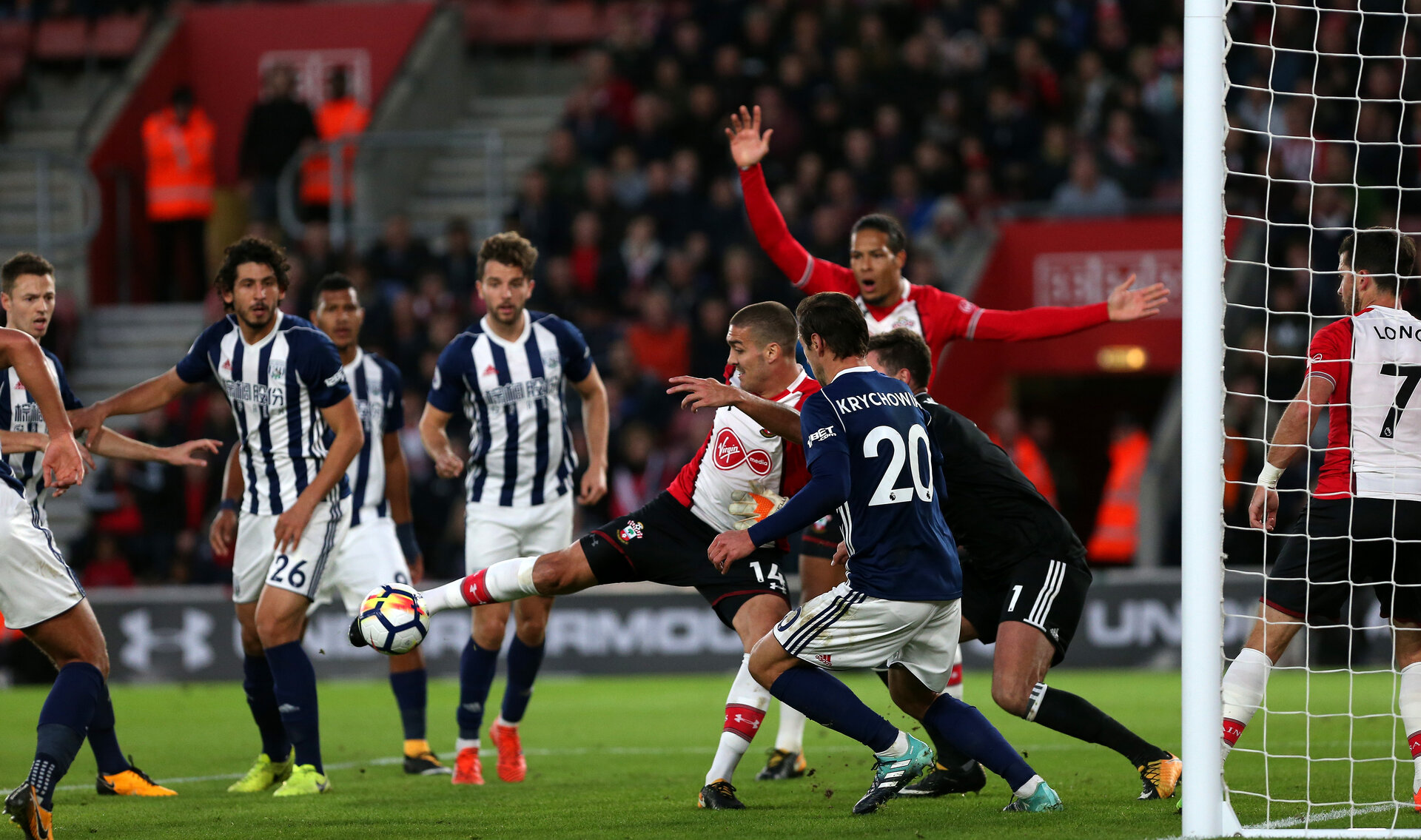 SOUTHAMPTON, ENGLAND - OCTOBER 21: during the Premier League match between Southampton and West Bromwich Albion at St Mary's Stadium on October 21, 2017 in Southampton, England. (Photo by Chris Moorhouse/Southampton FC via Getty Images)