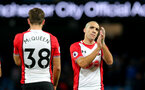 MANCHESTER, ENGLAND - NOVEMBER 29: Southampton's Oriol Romeu during the Premier League match between Manchester City and Southampton at the Etihad Stadium on November 29, 2017 in Manchester, England. (Photo by Matt Watson/Southampton FC via Getty Images)