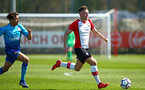 SOUTHAMPTON, ENGLAND - APRIL 18: Harry Hamblin (right) during the U18 Premier League match between Southampton FC and Arsenal FC at Staplewood Complex on April 17, 2018 in Southampton, England. (Photo by James Bridle - Southampton FC/Southampton FC via Getty Images)