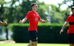 SOUTHAMPTON, ENGLAND - AUGUST 03: Pierre-Emile H¿jbjerg during a Southampton FC training session at Staplewood Complex on August 3, 2018 in Southampton, England. (Photo by James Bridle - Southampton FC/Southampton FC via Getty Images) SOUTHAMPTON, ENGLAND - AUGUST 03: Pierre-Emile Højbjerg during a Southampton FC training session at Staplewood Complex on August 3, 2018 in Southampton, England. (Photo by James Bridle - Southampton FC/Southampton FC via Getty Images)