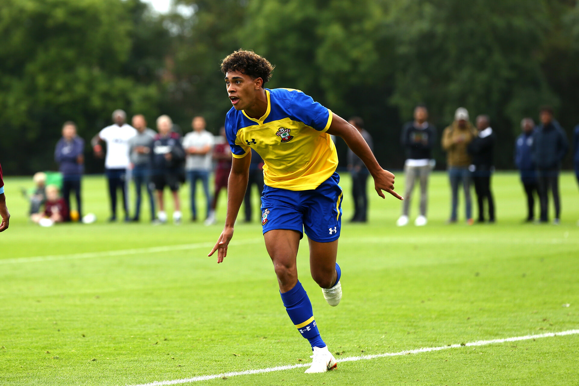 LONDON, ENGLAND - AUGUST 18: Christian Norton scores during an U18 Premier League match between  Southampton FC and West Ham United at Little Heath Training Ground on August 16, 2018 in London, England. (Photo by James Bridle - Southampton FC/Southampton FC via Getty Images)