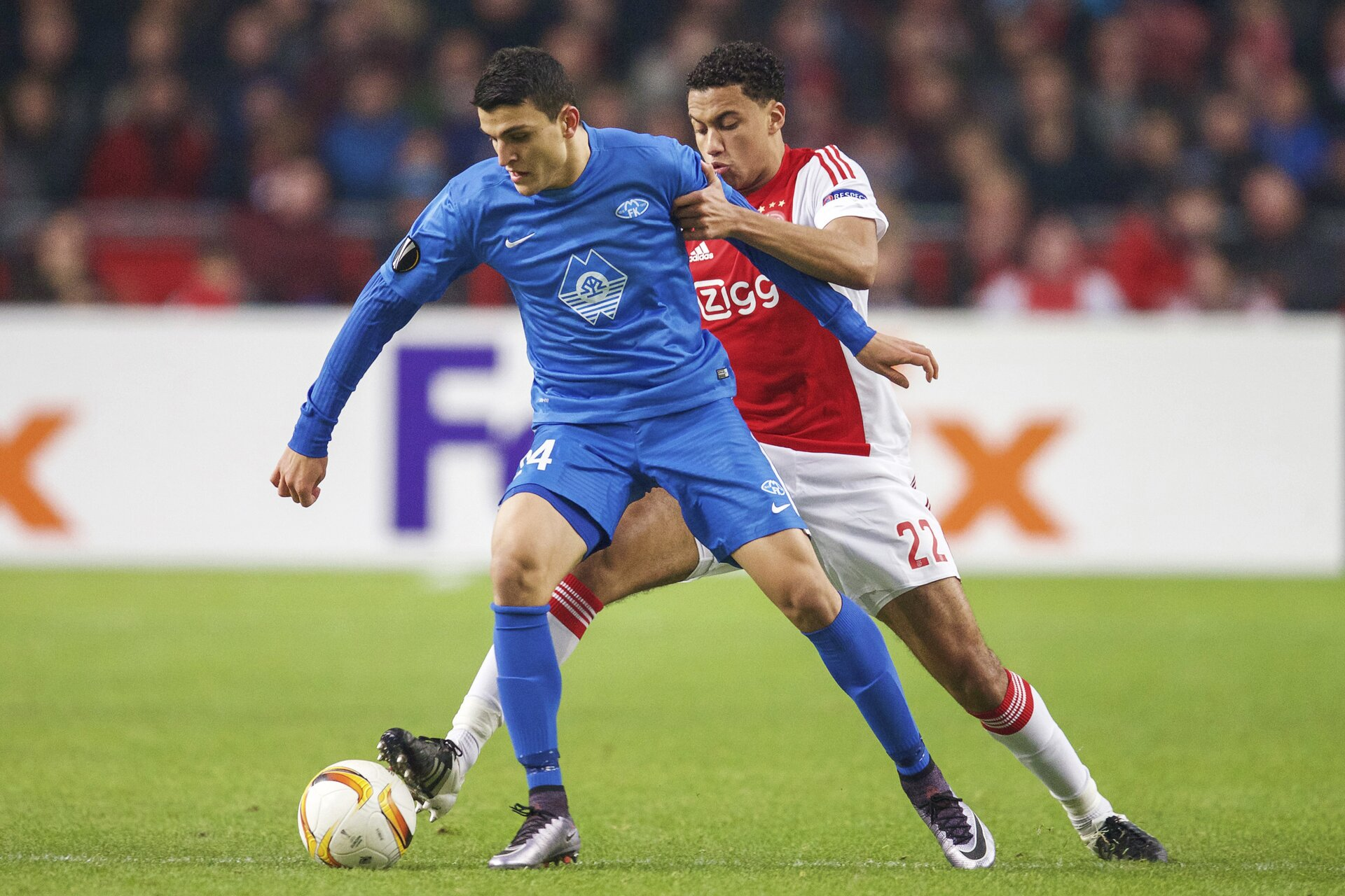 (L-R) Mohamed Elyounoussi of Molde FK, Jairo Riedewald of Ajax during the UEFA Europa League match between Ajax Amsterdam and Molde FK on December 10, 2015 at the Amsterdam Arena at Amsterdam, The Netherlands.(Photo by VI Images via Getty Images)
