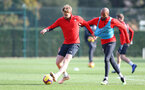 SOUTHAMPTON, ENGLAND - NOVEMBER 02: Stuart Armstrong(L) and Nathan Redmond during a Southampton FC training session at the Staplewood Campus on November 2, 2018 in Southampton, England. (Photo by Matt Watson/Southampton FC via Getty Images)