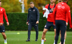 SOUTHAMPTON, ENGLAND - NOVEMBER 06: Eddie Niedzwiecki (middle) during a Southampton FC training session at Staplewood Complex on November 6, 2018 in Southampton, England. (Photo by James Bridle - Southampton FC/Southampton FC via Getty Images)