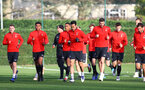SOUTHAMPTON, ENGLAND - DECEMBER 07: players warm up during a Southampton FC training session at the Staplewood Campus on December 7, 2018 in Southampton, England. (Photo by Matt Watson/Southampton FC via Getty Images)