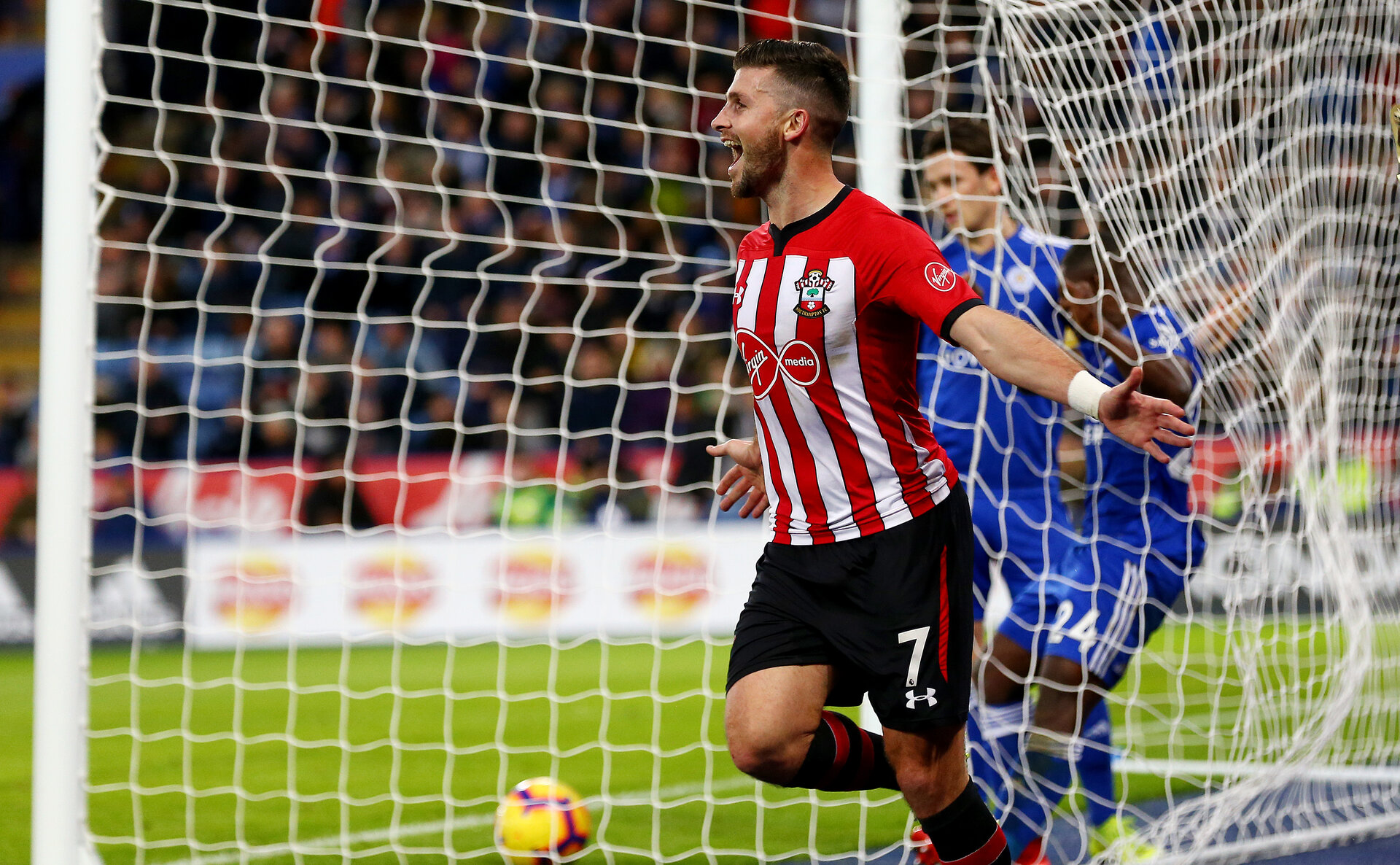 LEICESTER, ENGLAND - JANUARY 12: Shane Long of Southampton celebrates after putting his team 2-0 up during the Premier League match between Leicester City and Southampton FC at The King Power Stadium on January 12, 2019 in Leicester, United Kingdom. (Photo by Matt Watson/Southampton FC via Getty Images)