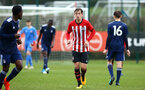 SOUTHAMPTON, ENGLAND - JANUARY 26: Dan Bartlett (middle) during the Under 18s match between Southampton FC and Fulham FC pictured at Staplewood Complex on January 26, 2019 in Southampton, England. (Photo by James Bridle - Southampton FC/Southampton FC via Getty Images)