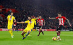 SOUTHAMPTON, ENGLAND - JANUARY 30: Danny Ings(R) of Southampton and James Tomkins(L) of Crystal Palace during the Premier League match between Southampton FC and Crystal Palace at St Mary's Stadium on January 30, 2019 in Southampton, United Kingdom. (Photo by Matt Watson/Southampton FC via Getty Images)