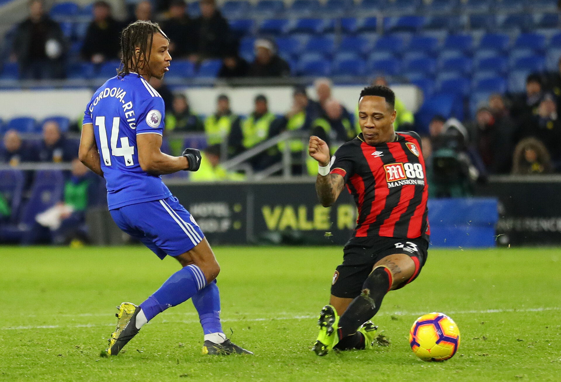 CARDIFF, WALES - FEBRUARY 02:  Bobby Reid of Cardiff City scores his team's second goal during the Premier League match between Cardiff City and AFC Bournemouth at Cardiff City Stadium on February 2, 2019 in Cardiff, United Kingdom.  (Photo by Warren Little/Getty Images)