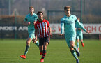 SOUTHAMPTON, ENGLAND - FEBRUARY 23:  Christian Norton (middle) during the U18's premier league match between Southampton FC and Arsenal FC pictured in Southampton, England. (Photo by James Bridle - Southampton FC/Southampton FC via Getty Images)