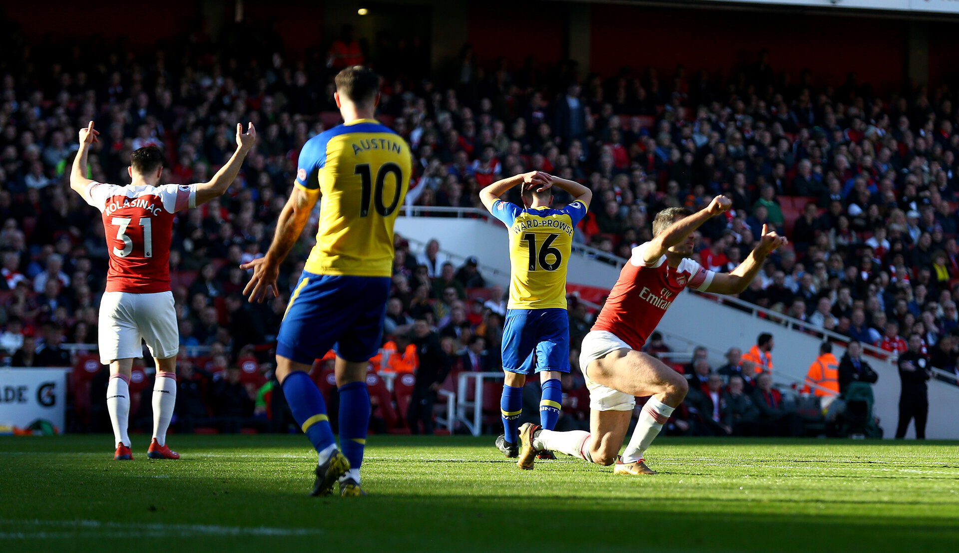 LONDON, ENGLAND - FEBRUARY 24: James Ward-Prowse of Southampton during the Premier League match between Arsenal FC and Southampton FC at Emirates Stadium on February 24, 2019 in London, United Kingdom. (Photo by Matt Watson/Southampton FC via Getty Images)