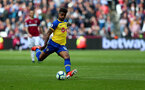 LONDON, ENGLAND - MAY 04: Mario Lemina of Southampton during the Premier League match between West Ham United and Southampton FC at the London Stadium on May 04, 2019 in London, United Kingdom. (Photo by Matt Watson/Southampton FC via Getty Images)