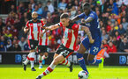 SOUTHAMPTON, ENGLAND - OCTOBER 6: Pierre-Emile Hojbjerg of Southampton FC battles for possession with Fikayo Tomori of Chelsea FC during the Premier League match between Southampton FC and Chelsea FC at St Mary's Stadium on October 6, 2019 in Southampton, England