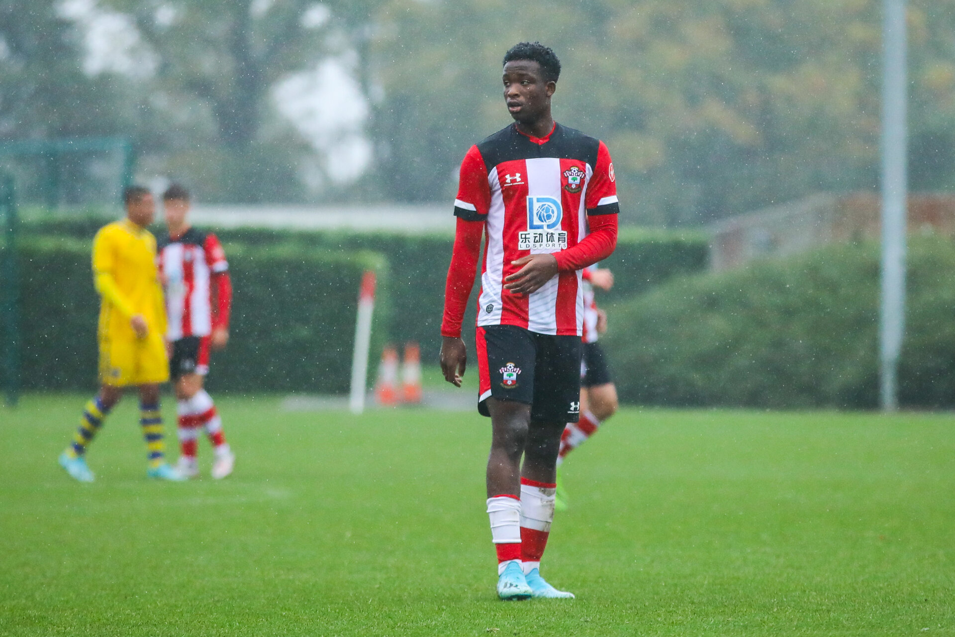 SOUTHAMPTON, ENGLAND - OCTOBER 26: Roland Idowu of Southampton FC during the Under 18s Premier League Cup match between Southampton FC and Swansea City at the Staplewood Campus on October 26, 2019 in Southampton, England