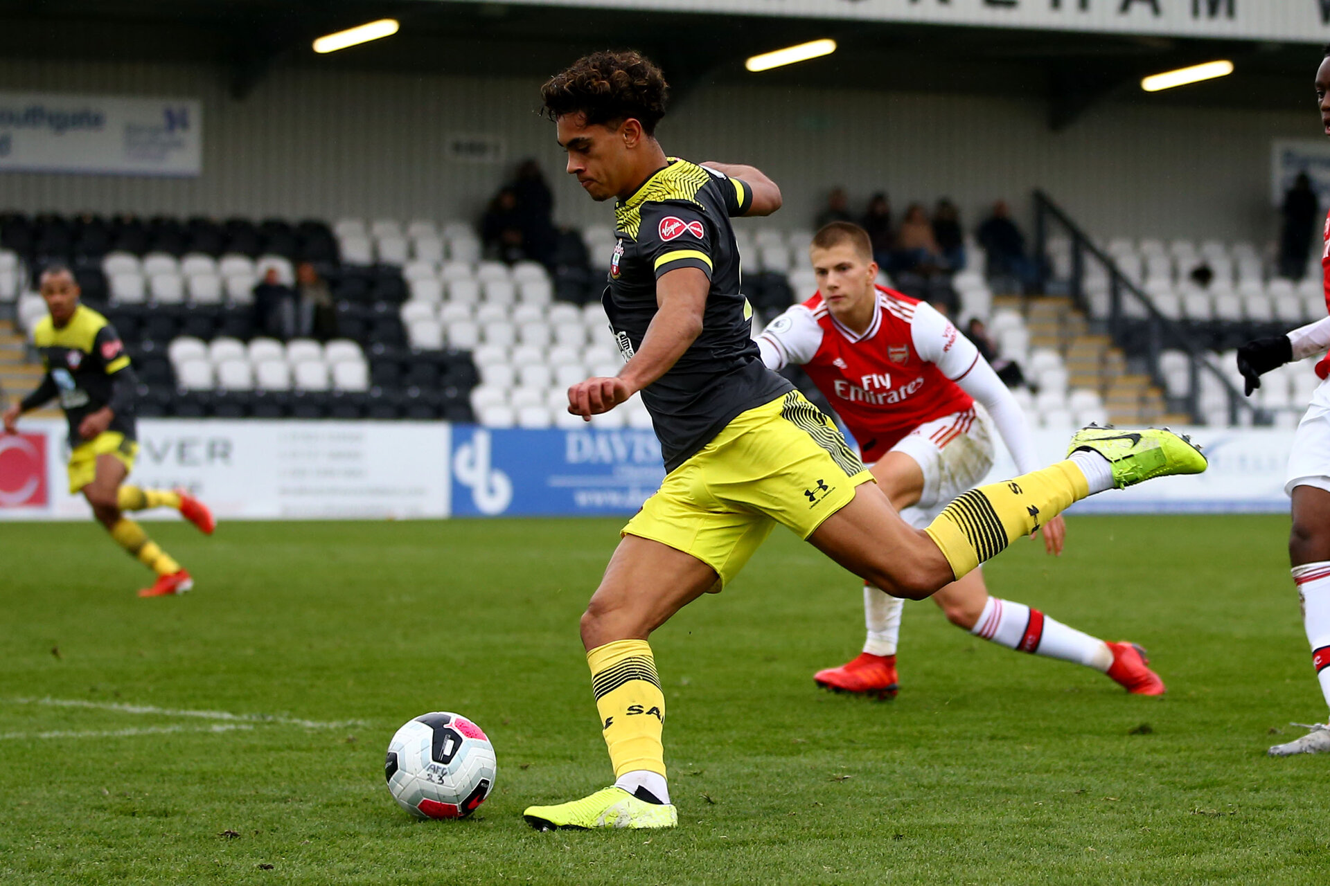 LONDON, ENGLAND - November 23: Christian Norton cross into box of Southampton during PL2 match between Arsenal and Southampton at Meadow Park on November 23 2019 in London England (Photo by Isabelle Field/Southampton FC via Getty Images)