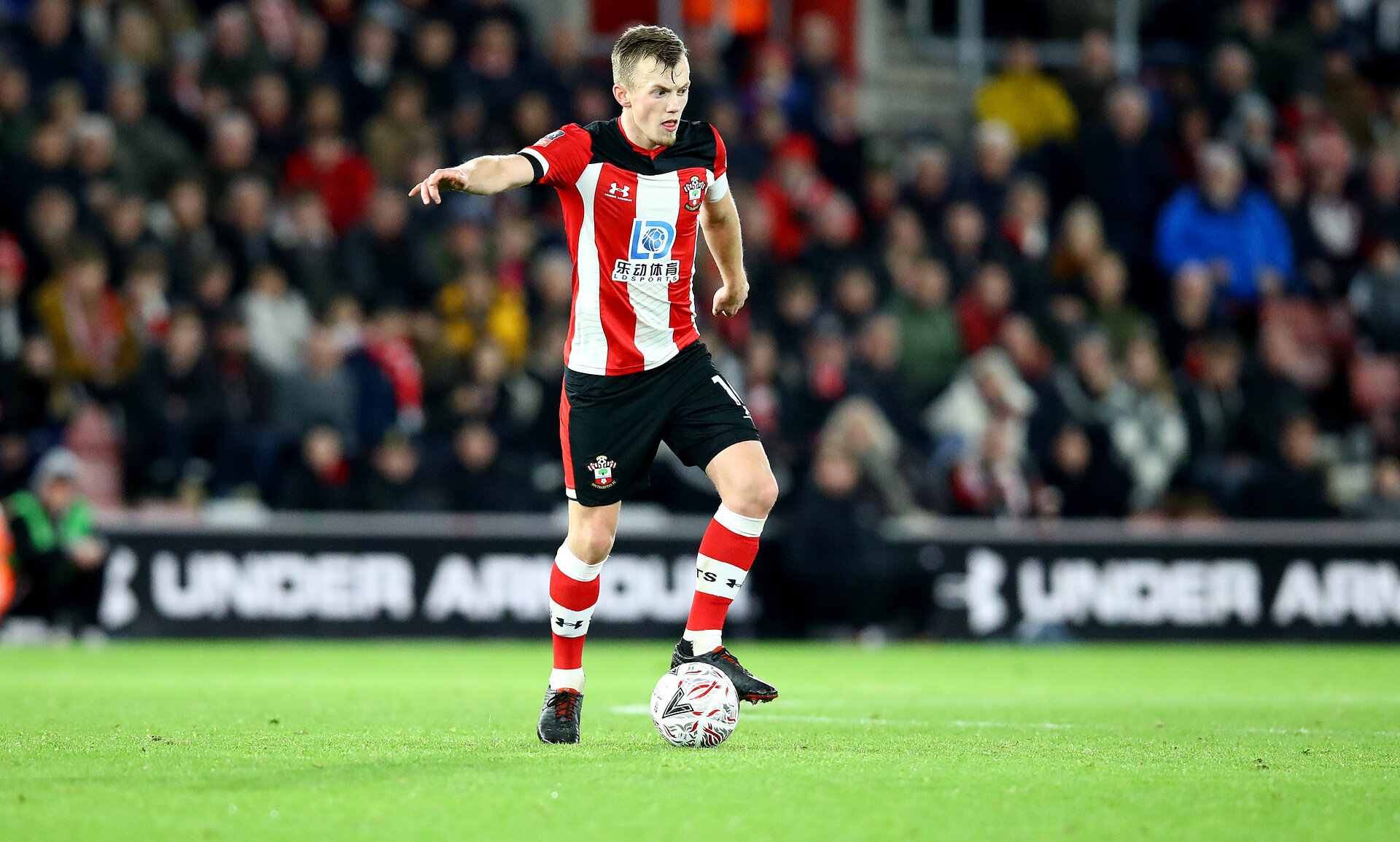 SOUTHAMPTON, ENGLAND - JANUARY 04: James Ward-Prowse of Southampton during the FA Cup Third Round match between Southampton FC and Huddersfield Town at St. Mary's Stadium on January 04, 2020 in Southampton, England. (Photo by Matt Watson/Getty Images)