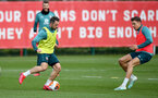 SOUTHAMPTON, ENGLAND - MARCH 11: Danny Ings(L) and Jan Bednarek during a Southampton FC training session at the Staplewood Campus on March 11, 2020 in Southampton, England. (Photo by Matt Watson/Southampton FC via Getty Images)