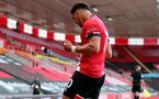 SOUTHAMPTON, ENGLAND - JULY 26: Ché Adams celebrating goal during the Premier League match between Southampton FC and Sheffield United at St Mary's Stadium on April 17, 2020 in Southampton, United Kingdom. (Photo by Chris Moorhouse/Southampton FC via Getty Images)