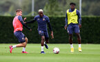 SOUTHAMPTON, ENGLAND - SEPTEMBER 23: Jake Vokins(L) and Moussa Djenepo(R) during a Southampton FC training session at the Staplewood Campus on September 23, 2020 in Southampton, England. (Photo by Matt Watson/Southampton FC via Getty Images)