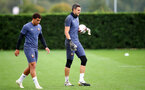 SOUTHAMPTON, ENGLAND - SEPTEMBER 30: Ché Adams(L) and Alex McCarthy during a Southampton FC training session at the Staplewood Campus on September 30, 2020 in Southampton, England. (Photo by Matt Watson/Southampton FC via Getty Images)