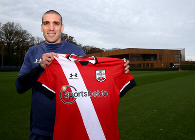 "Romeu ""privileged"" to extend Saints stay"