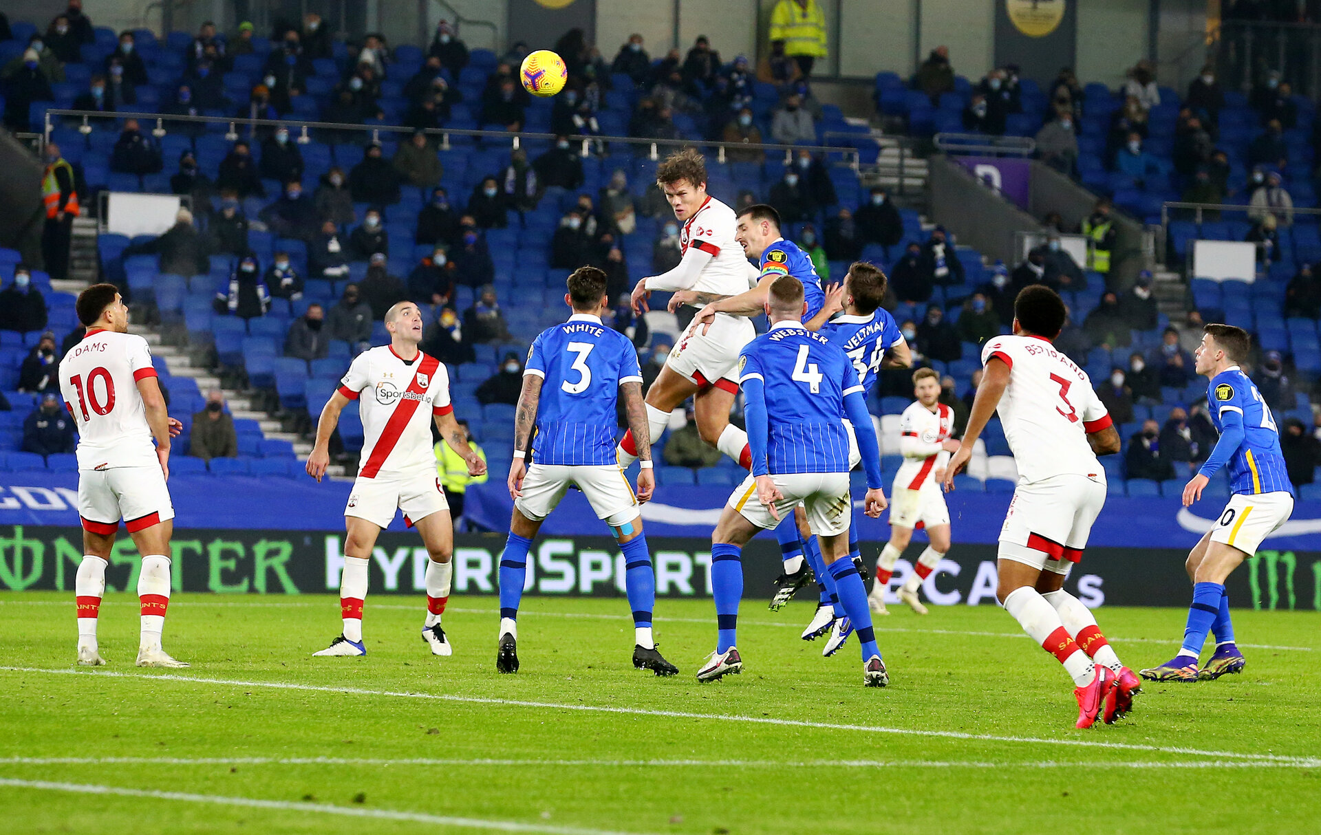 BRIGHTON, ENGLAND - DECEMBER 07: Jannik Vestergaard of Southampton rises highest to score and make it 1-1 during the Premier League match between Brighton & Hove Albion and Southampton at American Express Community Stadium on December 07, 2020 in Brighton, England. A limited number of fans (2000) are welcomed back to stadiums to watch elite football across England. This was following easing of restrictions on spectators in tiers one and two areas only. (Photo by Matt Watson/Southampton FC via Getty Images)