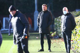 Hasenhüttl cleared to end self-isolation