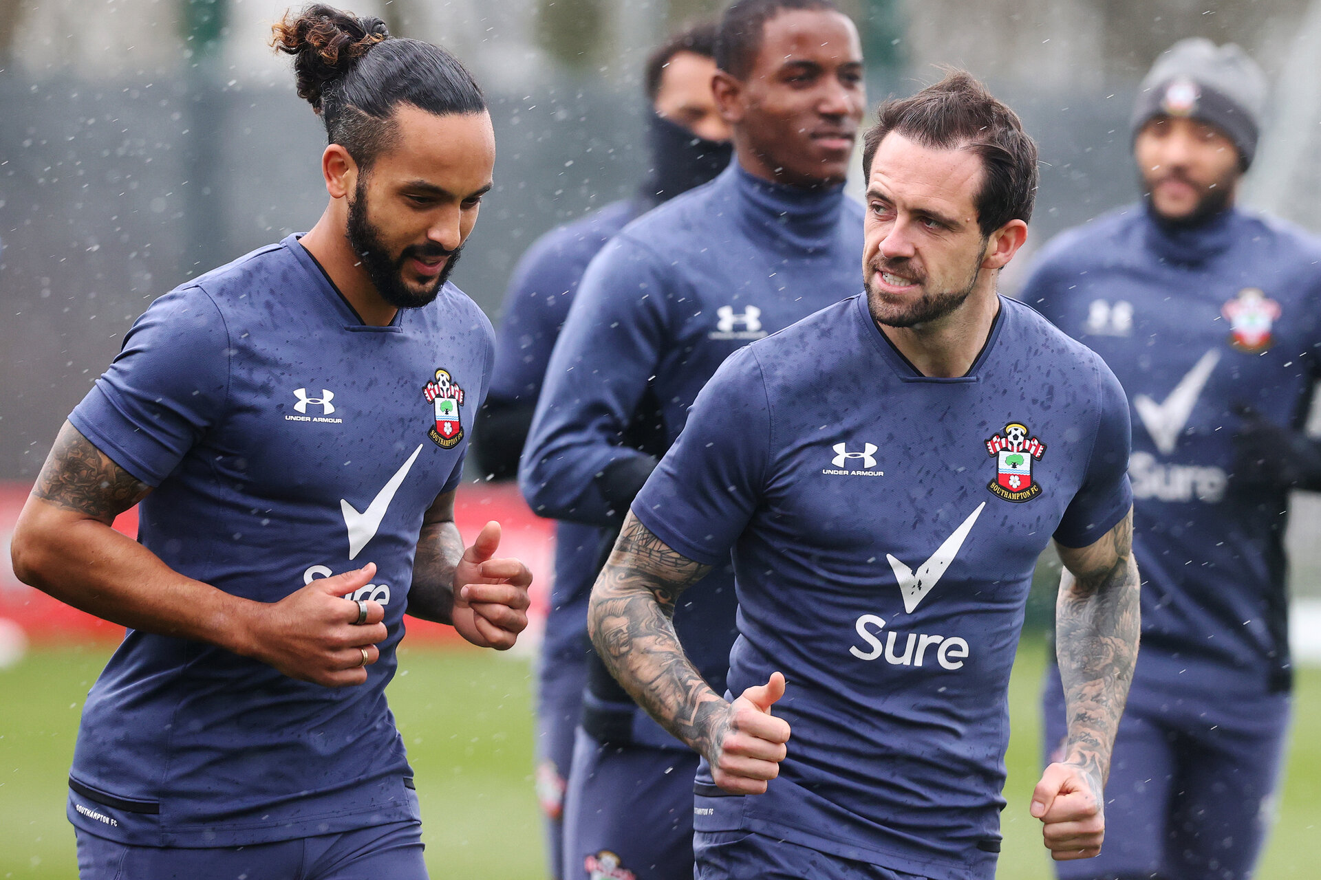 SOUTHAMPTON, ENGLAND - MARCH 26: Theo Walcott(L) and Danny Ings during a Southampton FC training session at the Staplewood Campus on March 26, 2021 in Southampton, England. (Photo by Matt Watson/Southampton FC via Getty Images)