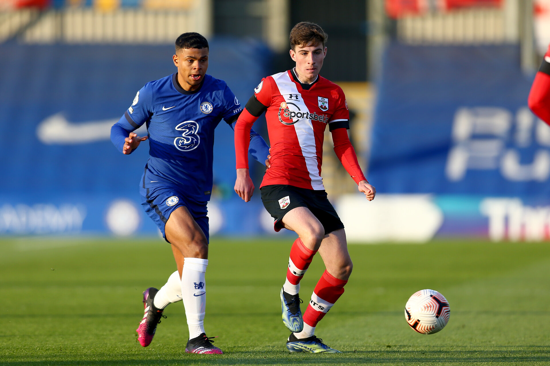 KINGSTON UPON THAMES, LONDON, ENGLAND - APRIL 12: James Morris (R) of Southampton during the Premier League 2 match between U23 Chelsea FC and Southampton B Team at the Kingsmeadow Stadium on April 12, 2021 in Kingston upon Thames, London, England.  (Photo by Isabelle Field/Southampton FC via Getty Images)